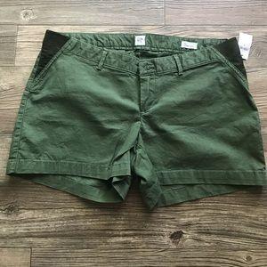 GAP Maternity Shorts NWT Sz 8